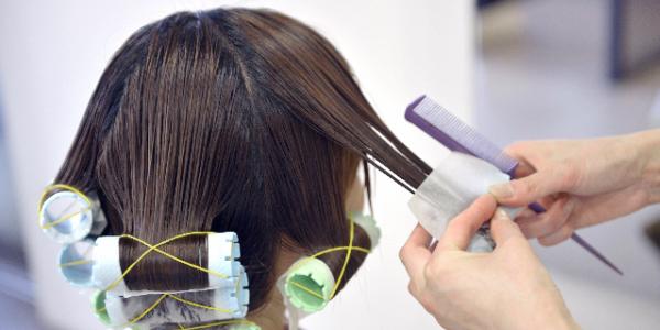 30代女性の抜け毛 薄毛の原因と対策とは 女性の薄毛に無添加育毛剤 マイナチュレ