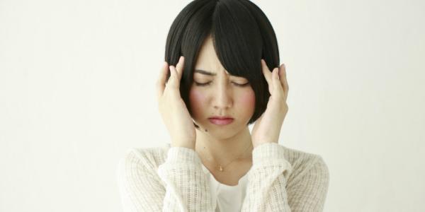 女性の前頭部の薄毛の原因とは?改善方法と対策を一挙公開 ...